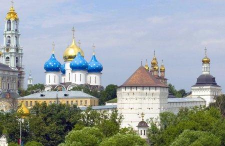 храмы Троице Сергиевой лавры