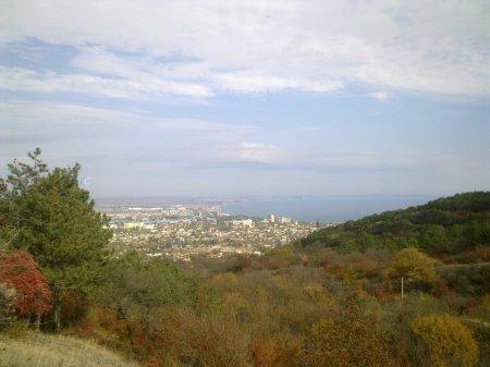 Вид на Феодосию и Феодосийский залив с горы Тепе-Оба