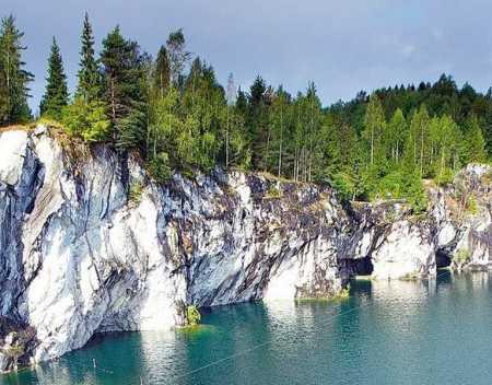 карелия рускеала мраморный карьер и водопады