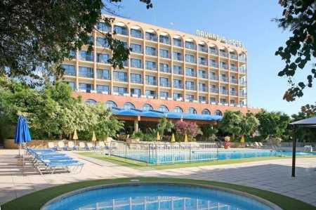 Navarria Hotel 3 Лимассол