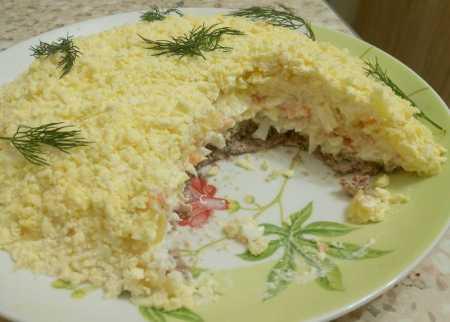 Неотразимый салат Мимоза: рецепт классический
