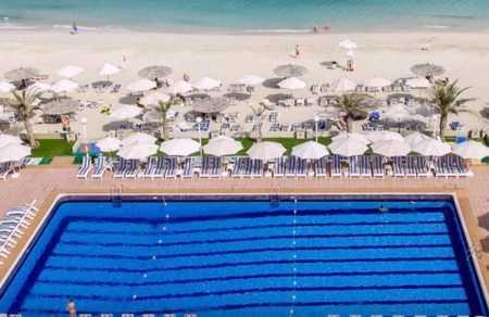 отель с собственным пляжем шарджа